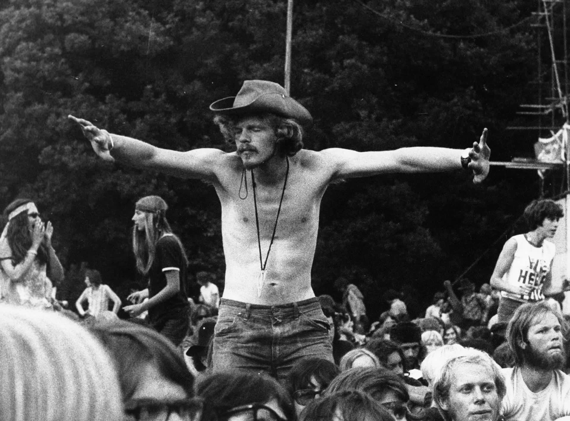 Woodstockin yleisöä.