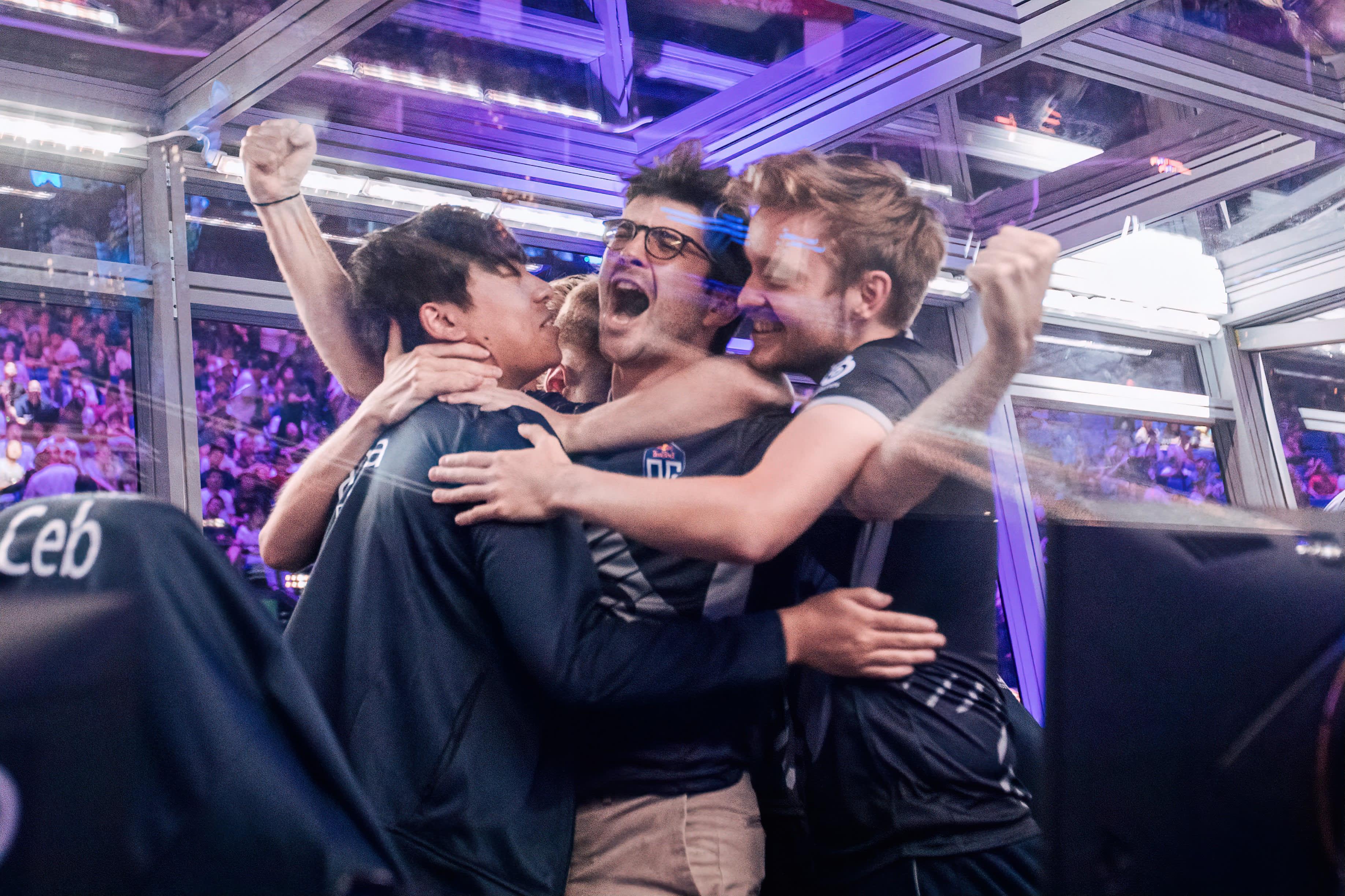 OG juhlii voittoa PSG.LGD:sta The International 2019 -turnauksessa.