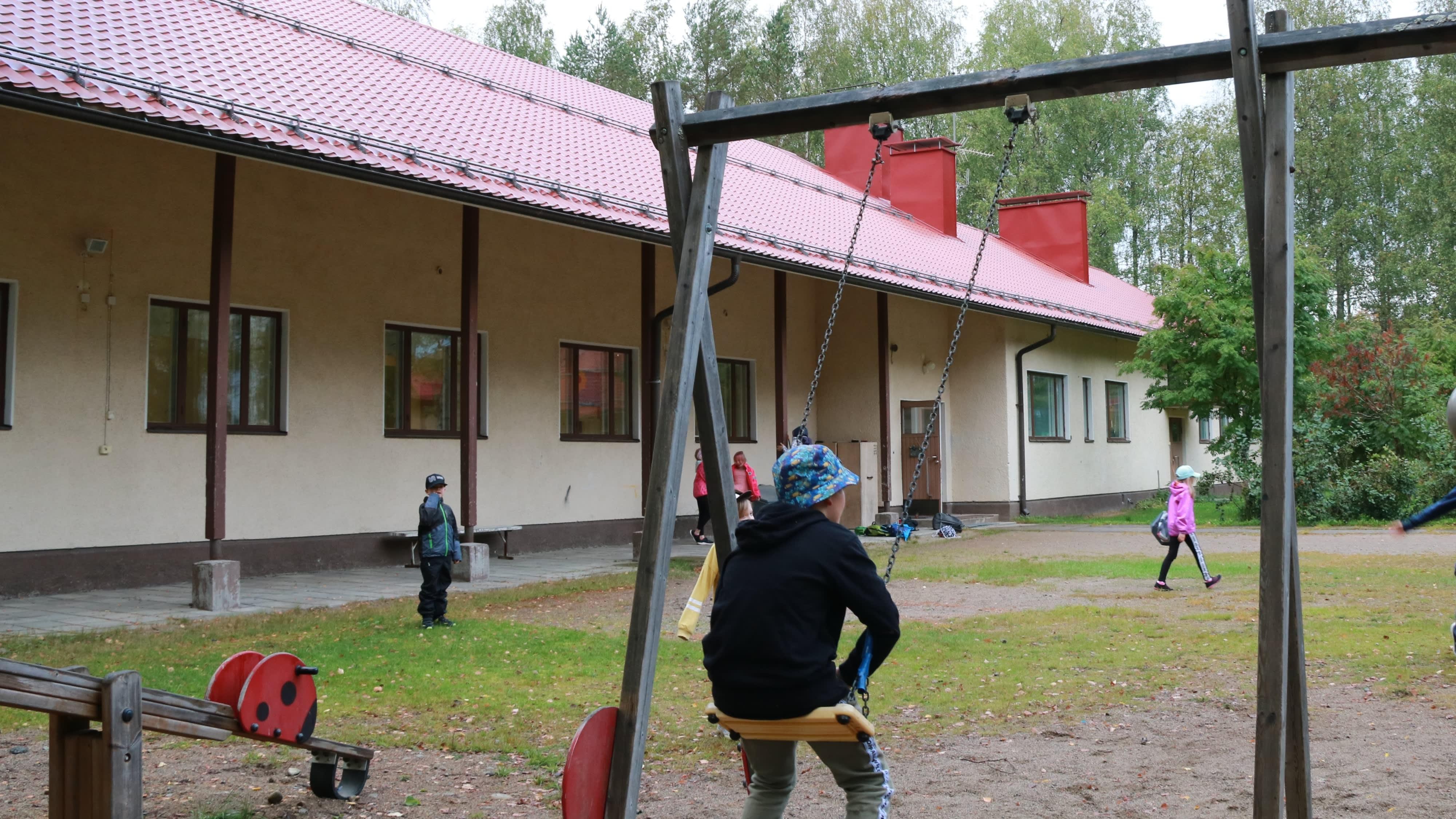 Lylykosken kyläkoulu, Ilomantsissa.