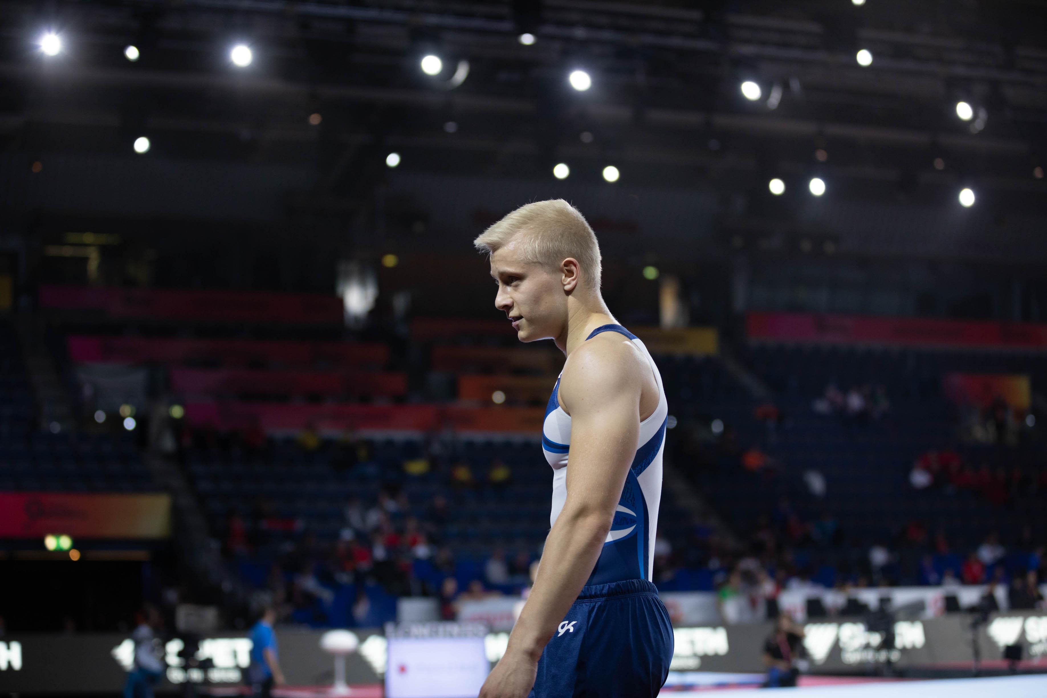 Telinevoimistelija Emil Soravuo Stuttgartin MM-kisoissa