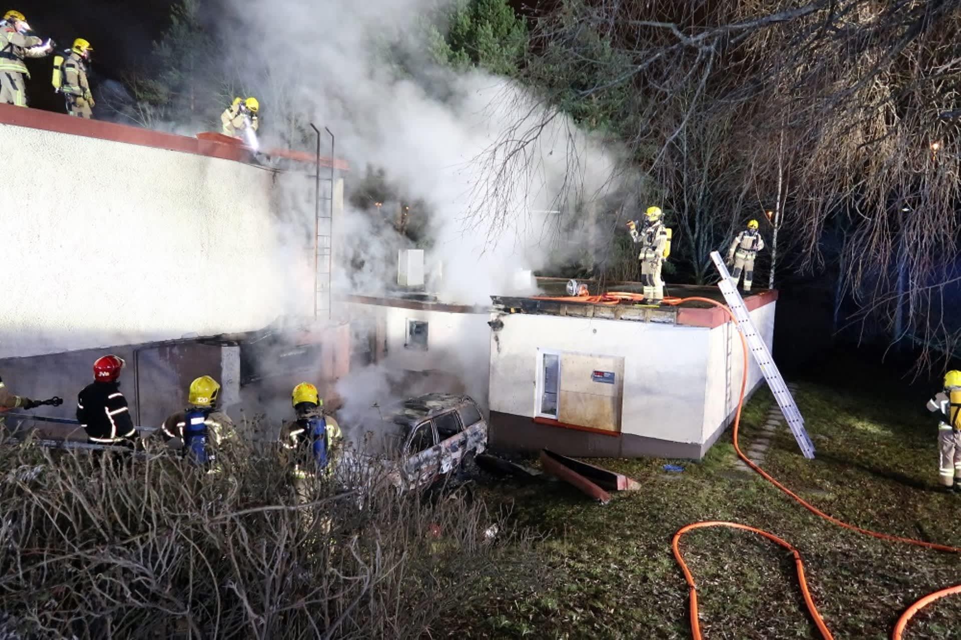 Vantaankosken koulun paloa oli sammuttamassa yksiköitä Keski- ja Länsi-Uudeltamaalta sekä Helsingistä.