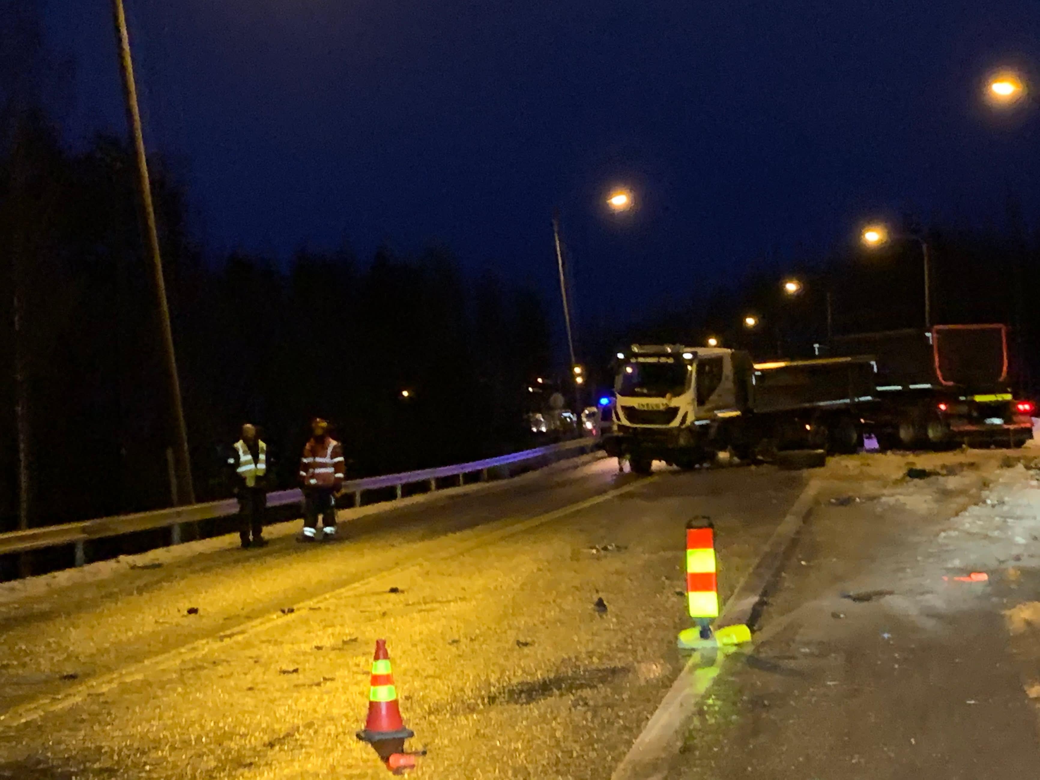 Valtatiellä 9 hieman Jyväskylästä Kuopioon päin tapahtui kuolonkolari 18.12.2019