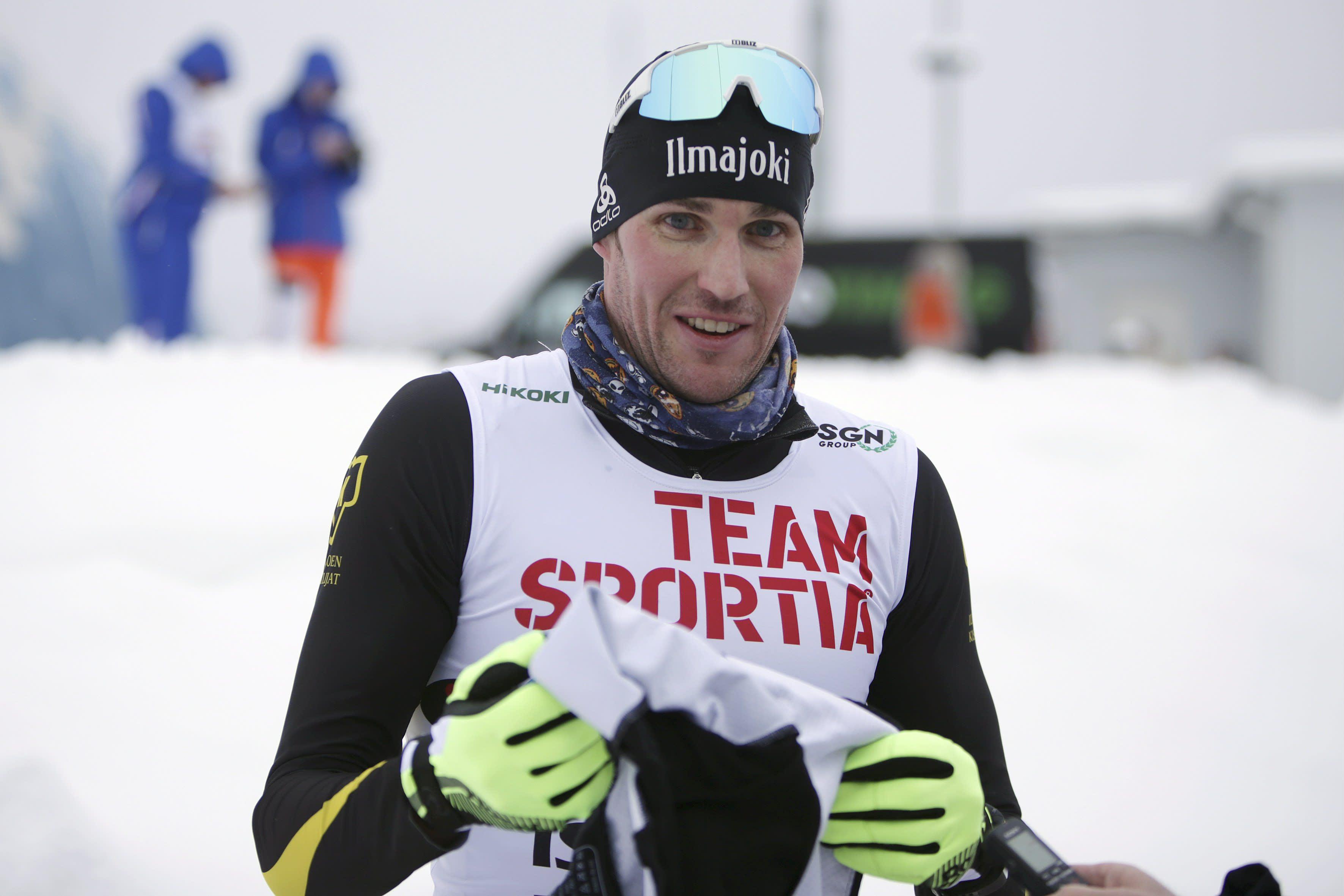 Vuosituhannen alun hiihtolupaus Timo Mantere on väläytellyt vauhtiaan kaksissa viime SM-kisoissa. Ikää on taulussa vasta vaivaiset 36 vuotta.