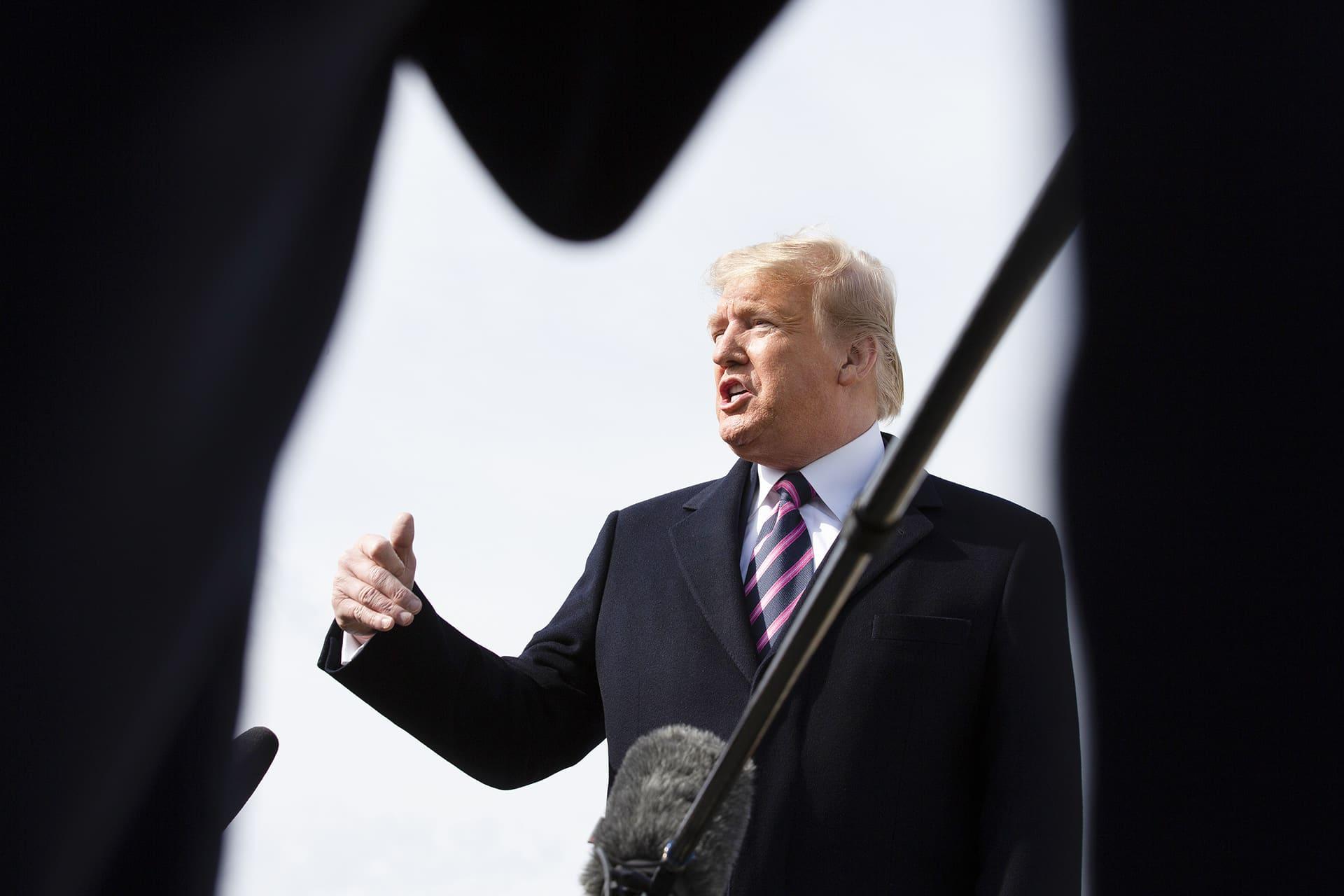 Trump puhumassa lehdistölle Marylandissa 18. helmikuuta.