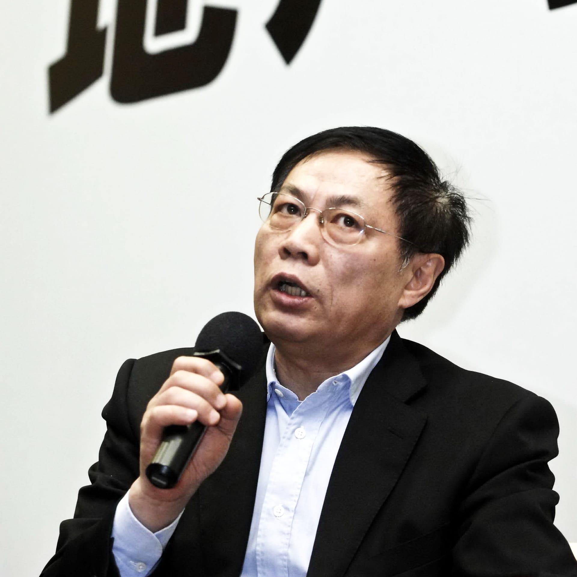 Ren Zhiqiang kuvattuna marraskuussa 2010.