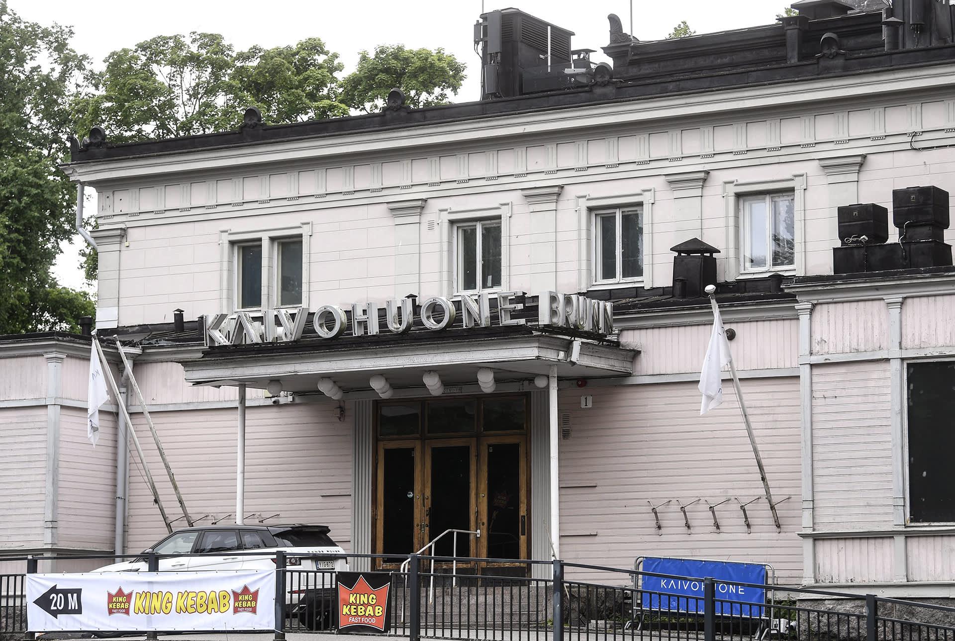 Ravintola Kaivohuone Kaivopuistosssa Helsingissä 7. heinäkuuta.