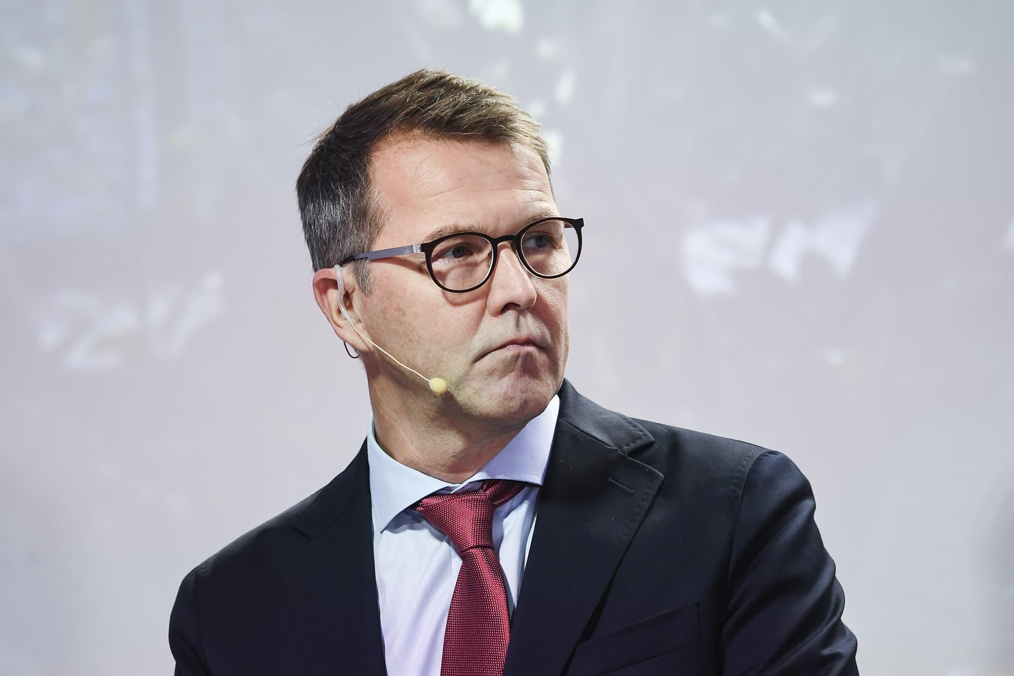 Kuvassa on Pekka Tennilä.