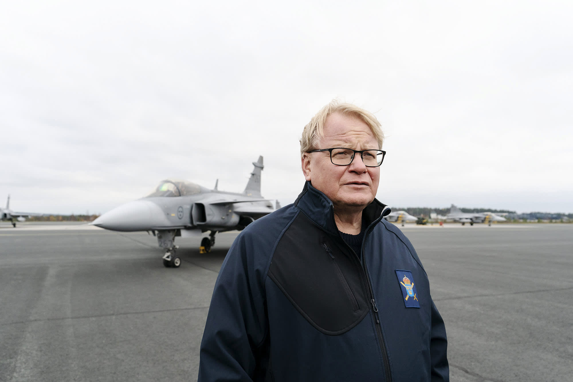 Kuvassa on Ruotsin puolustusministeri Peter Hultqvist.