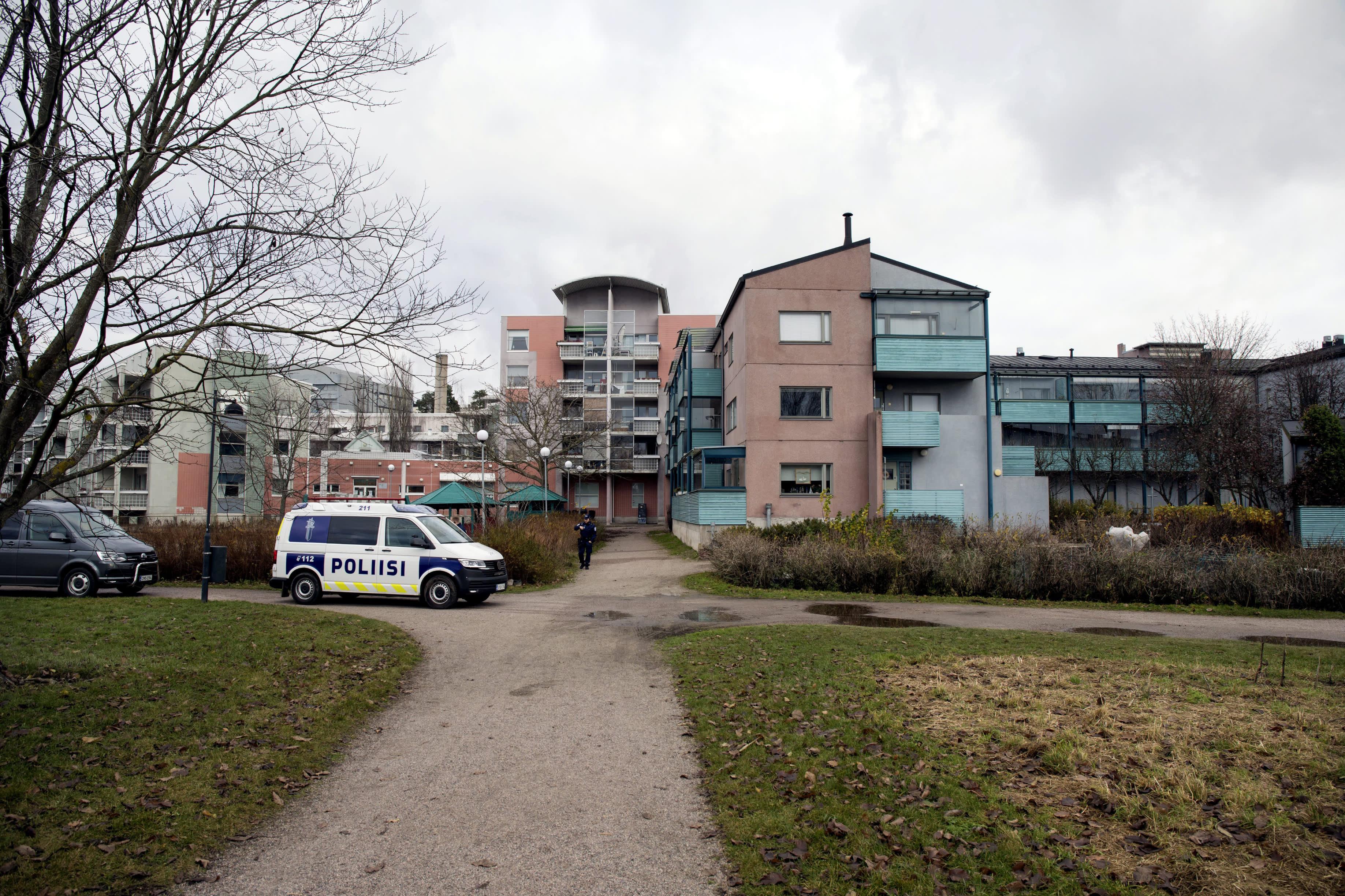 Helsingin poliisilaitoksen välittämä kuva kaivoa ympäröivästä alueesta Pikku-Huopalahdessa Helsingissä.