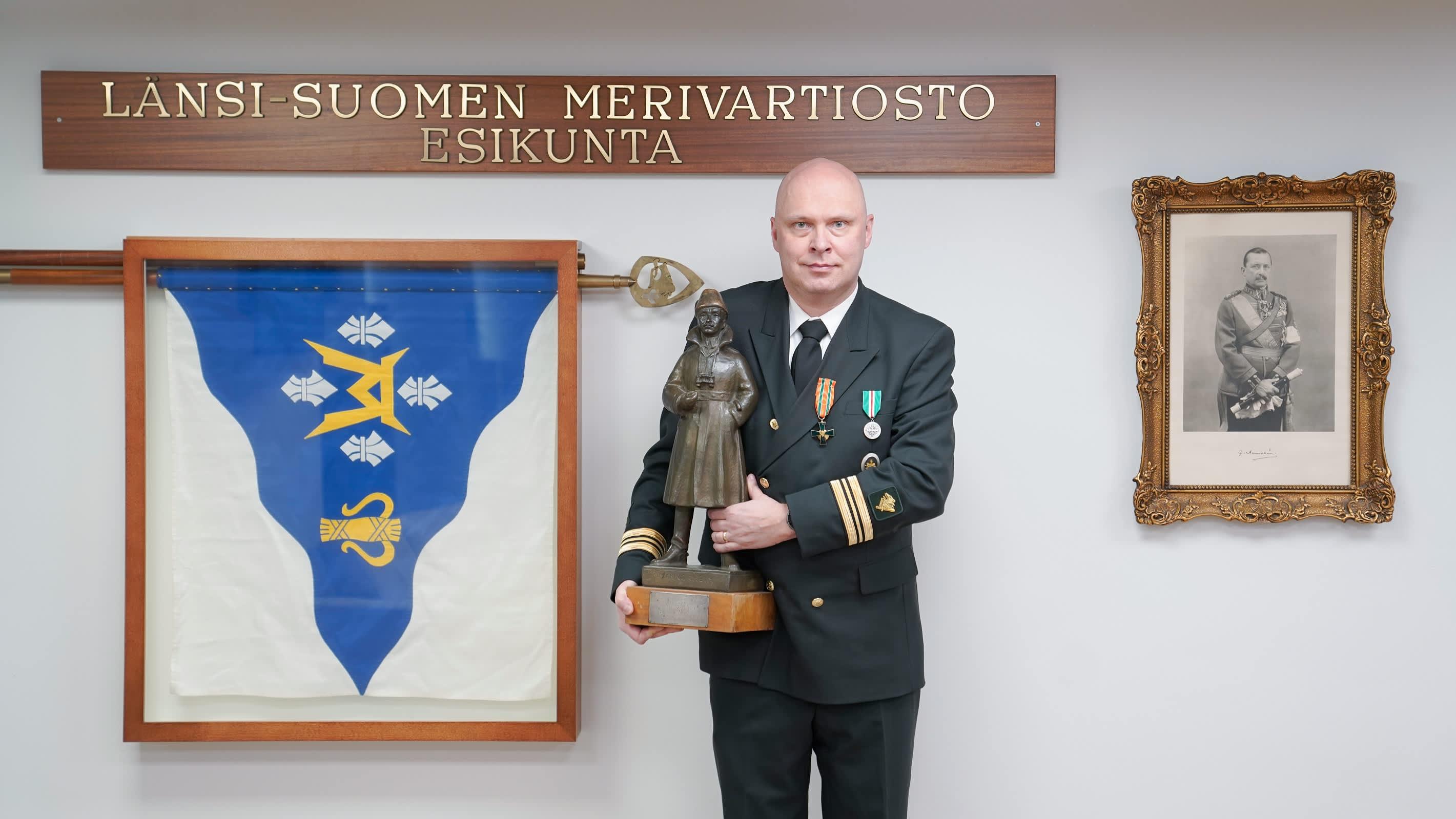 Vuoden 2020 rajamies kapteeniluutnantti Janne Isometsä.
