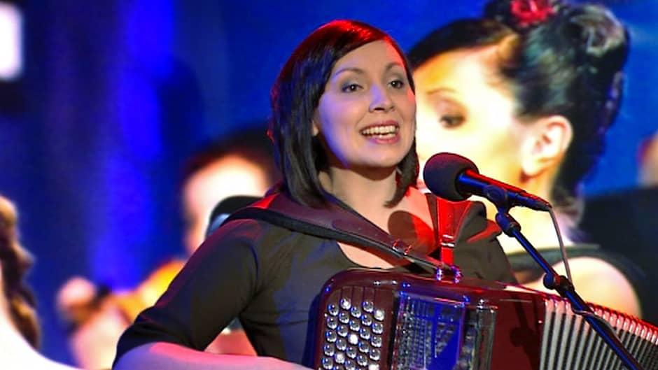 Argentiinalaista tangoa esitti Jonna Pirttijoki, joka edustaa tango- ja viihdeorkesteri Guardia Nuevaa.