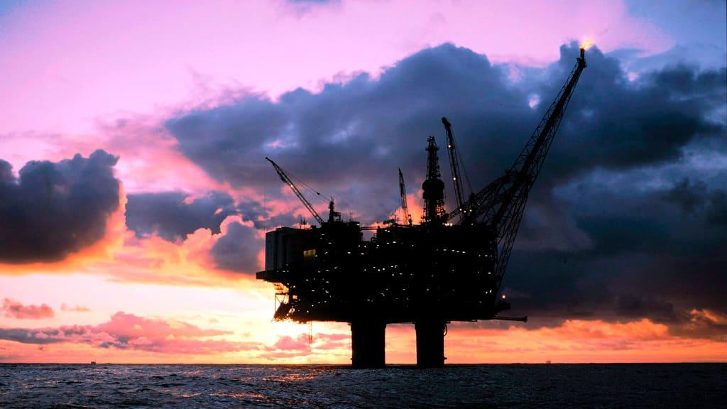 Öljyn maailmanmarkkinahinnan kehitys vaikuttaa lämmitysöljyn hintaan.