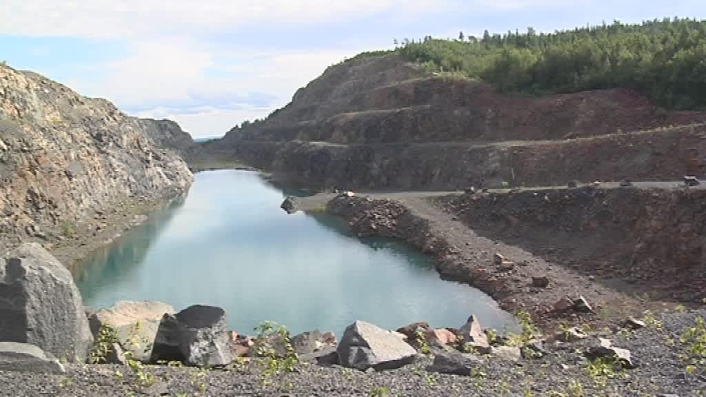 Mustavaaran kaivos Taivalkoski, Taivalkosken Mustavaaran 1980-luvulla suljettu vanadiinikaivos saattaa avautua tuotannolle uudelleen lähivuosina.
