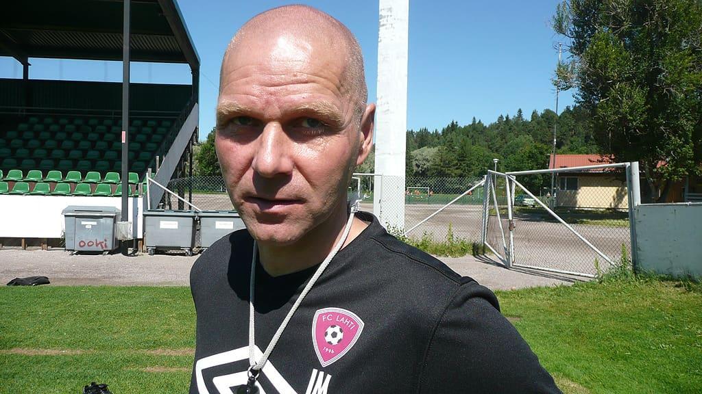 FC Lahden päävalmentaja Ilkka Mäkelä uskoo joukkueen voitontahdon säilyvän yli maaottelutauon.