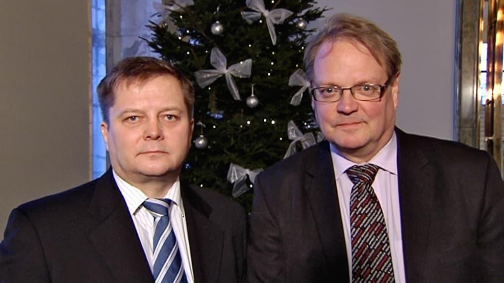 Vasemmistoliiton kansanedustaja Markus Mustajärvi ja kokoomuksen kansanedustaja, valtiovarainvaliokunnan jäsen Heikki A. Ollila
