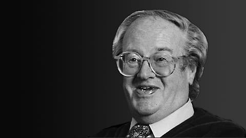 Brittiläinen kirjailija ja käsikirjoittaja Sir John Mortimer
