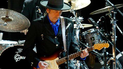 Bob Dylan esiintymässä