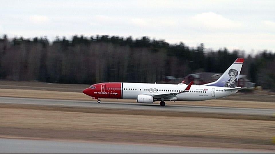 Ensimmäinen Norwegian -lentoyhtiön lento Tukholmaan starttasi perjantaina Vaasasta.