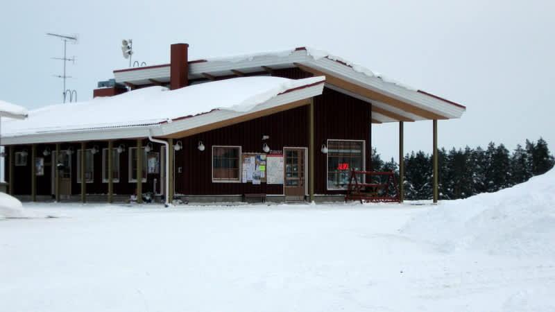 Liperin Pärnävaaran kahvilarakennus.