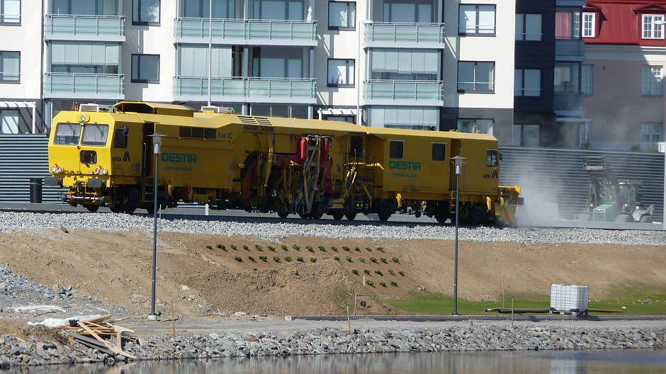 Henkilöliikennettä Savonlinnan keskustaan joudutaan odottamaan vielä kolmisen viikkoa.