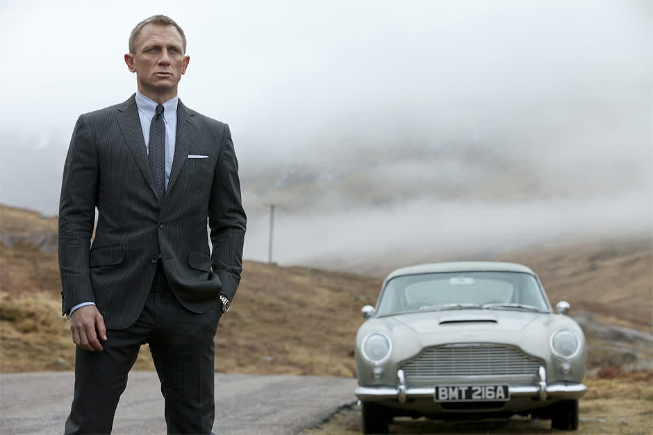 Daniel Craig James Bondina elokuvassa 007 Skyfall.