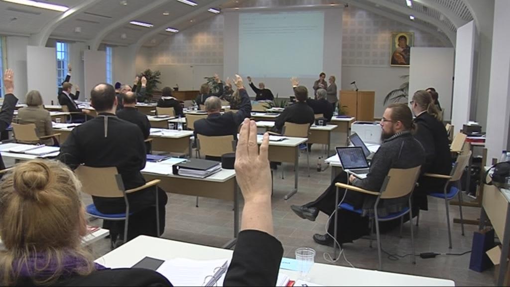 Orotodoksinen kirkolliskokous vuonna 2012 menossa Valamossa Heinävedellä.