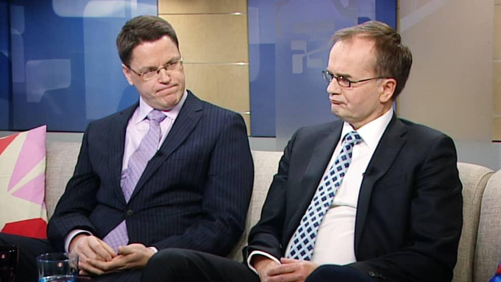Etlan tutkimusjohtaja Petri Rouvinen ja Tekesin pääjohtaja Pekka Soini.