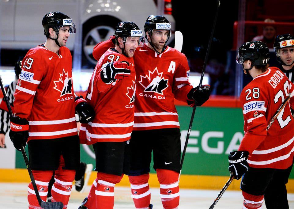 Kanada juhlii 3-0-osumaa Valko-Venäjä-ottelussa.