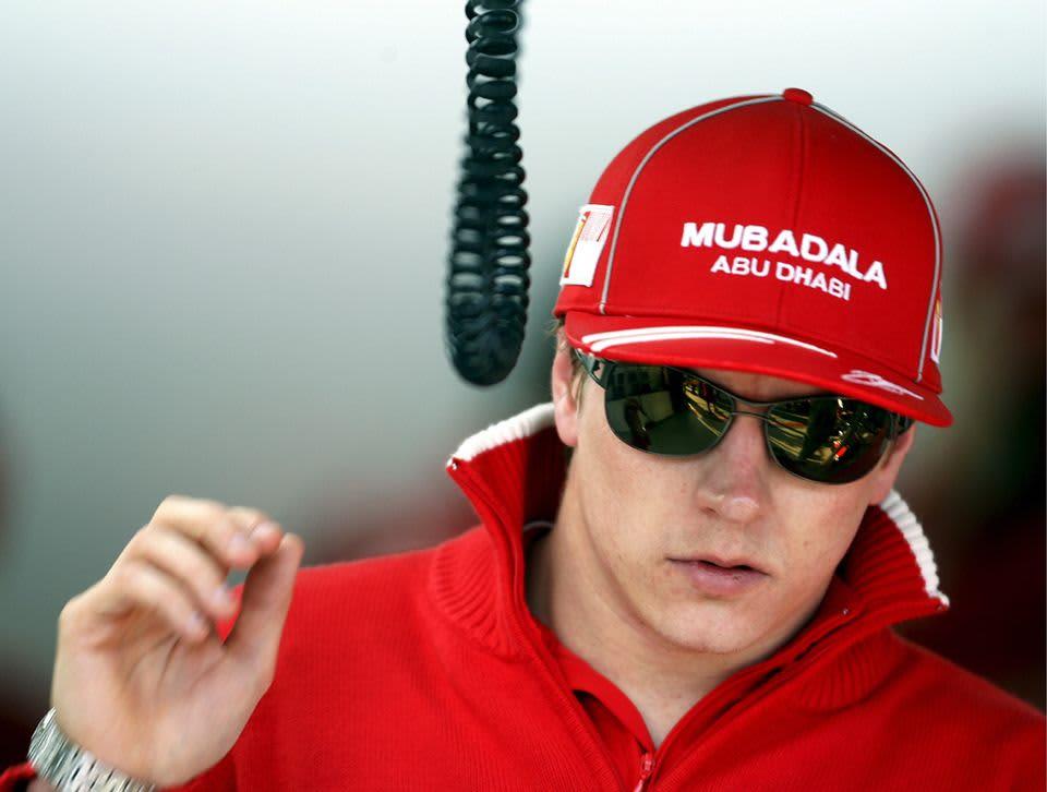 Kimi Räikkönen lähikuvassa.
