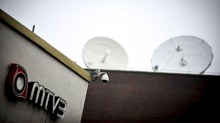 MTV3 logo seinällä.