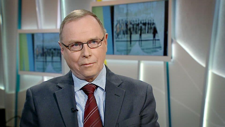 Valtiotieteen tohtori Pekka Visuri.