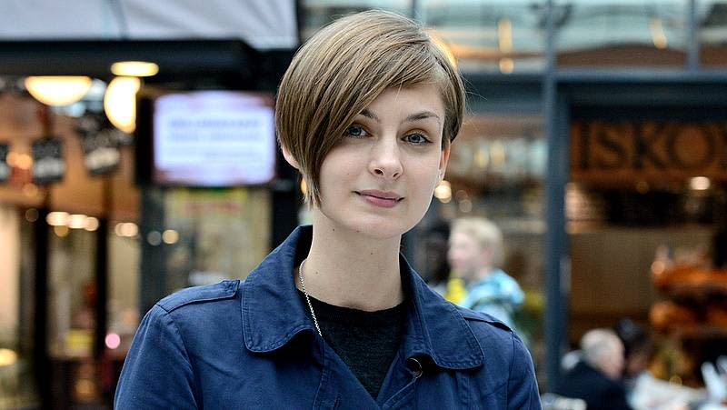 Erkon kirjoituskilpailun 2014 voittaja Iida Turpeinen