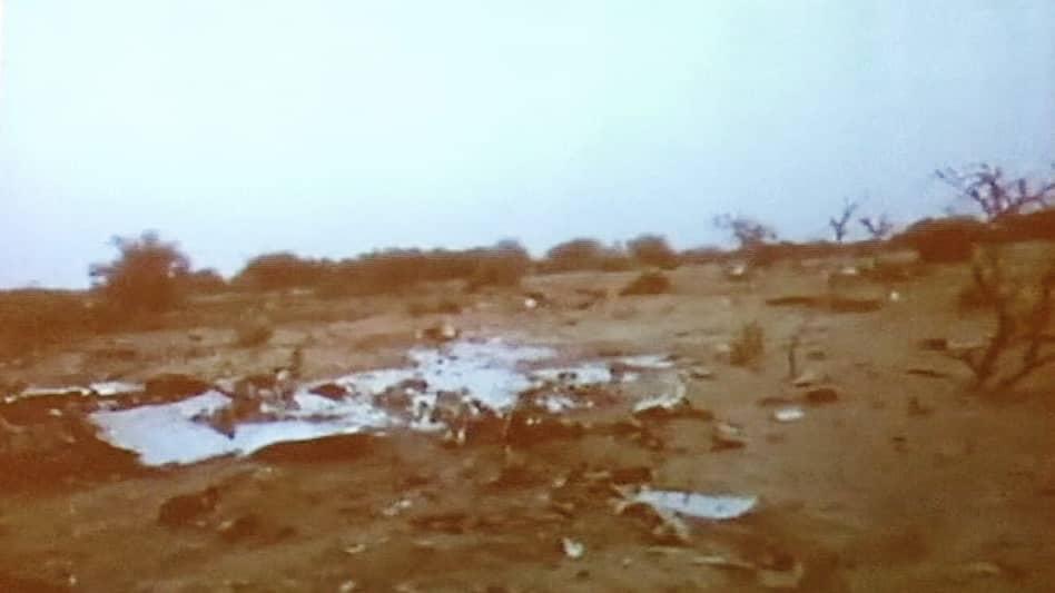 Kuvaa lentokoneen osista Malissa.
