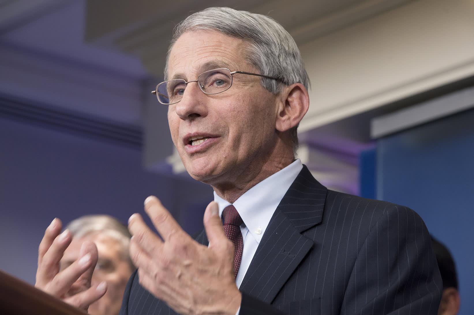 Yhdysvaltain terveysviraston tarttuvien tautien osaston johtaja Anthony Fauci.