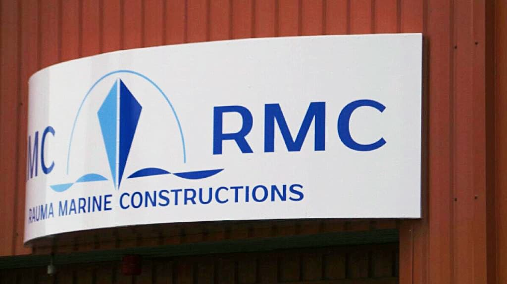 Rauman telakan, Rauma Marine Constructions -yhtiön, kyltti RMC