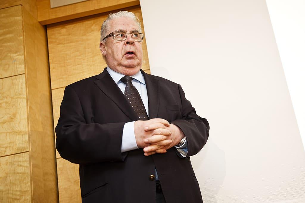 Suomen jääkiekkoliiton puheenjohtaja Kalervo Kummola.