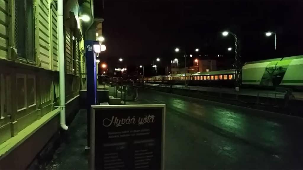 Juna lähti aamulla kello kuuden aikaan keskiviikkona 19.11.2014.