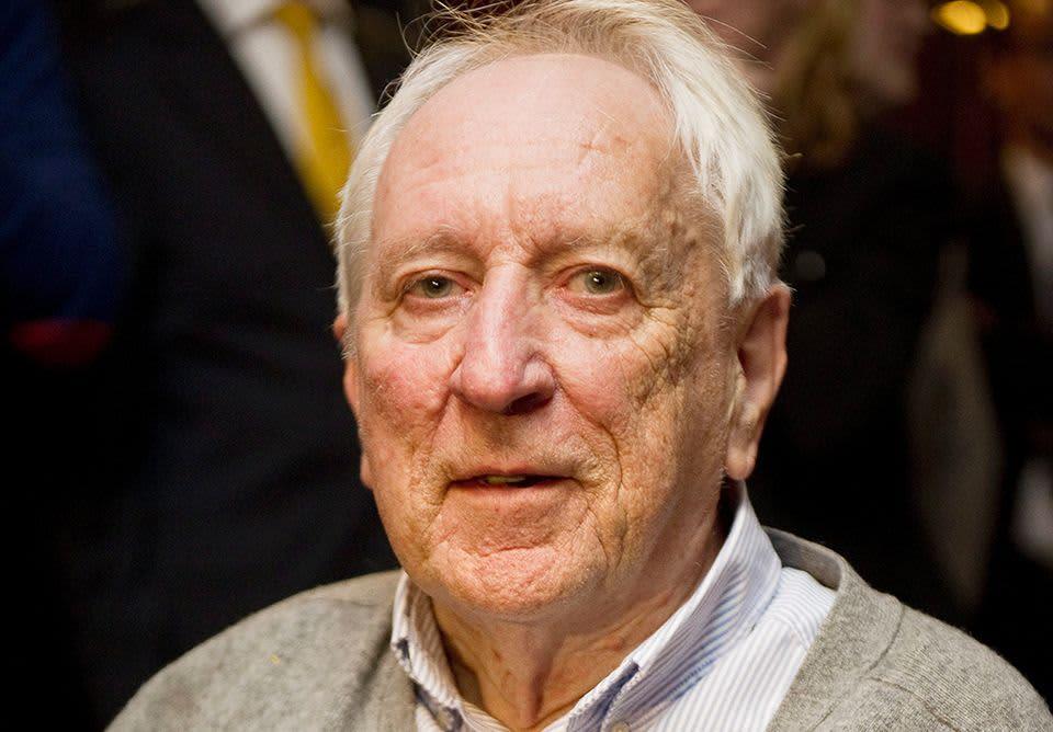 Tomas Tranströmer vuonna 2011.
