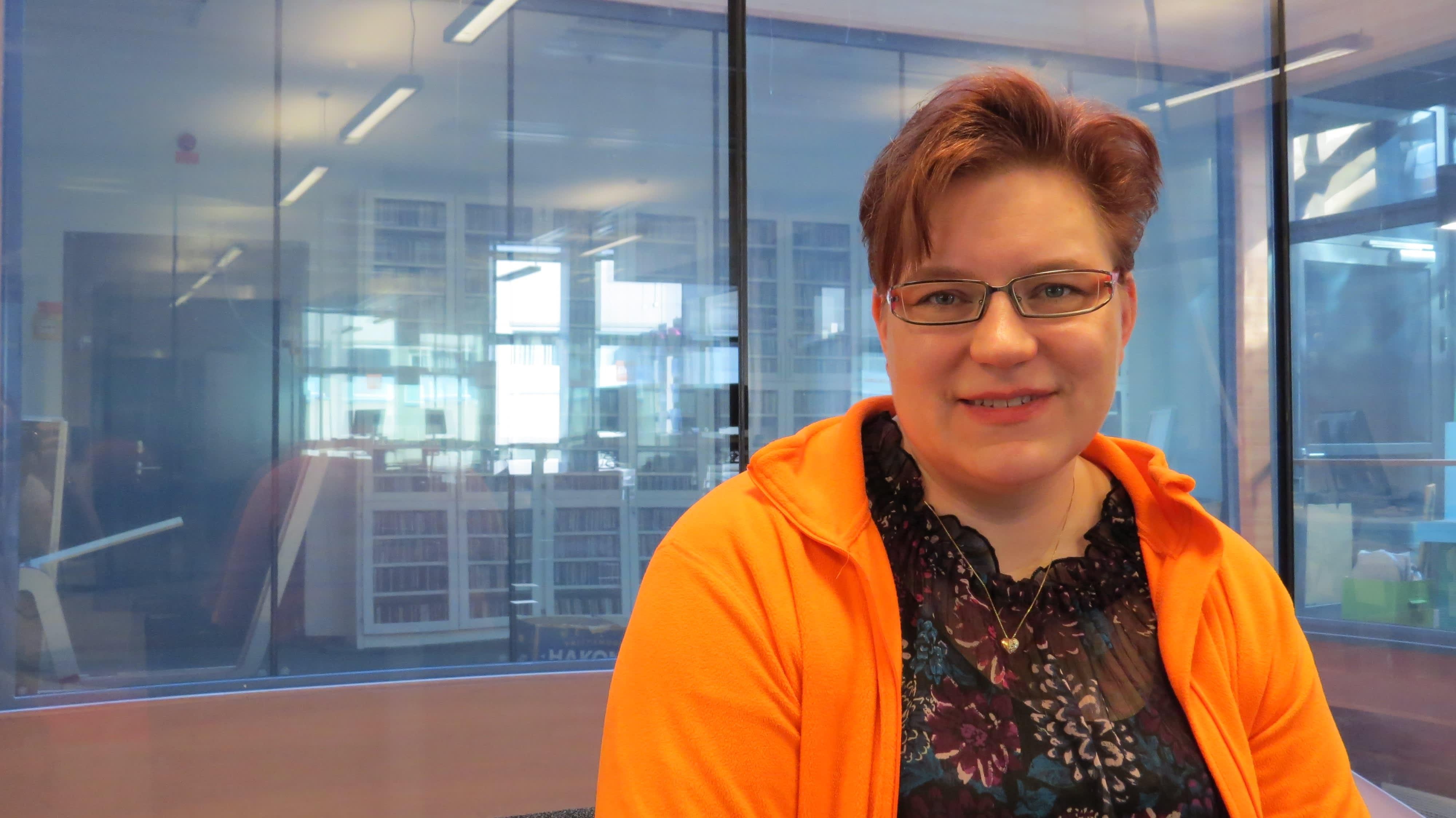 Vuoden 2015 Keski-Suomen Yrittäjänaisten vuoden nuori yrittäjänainen on yksityinen yritysneuvoja, yrityssparraaja Sanna Jylänki, Redesan Oy:stä.