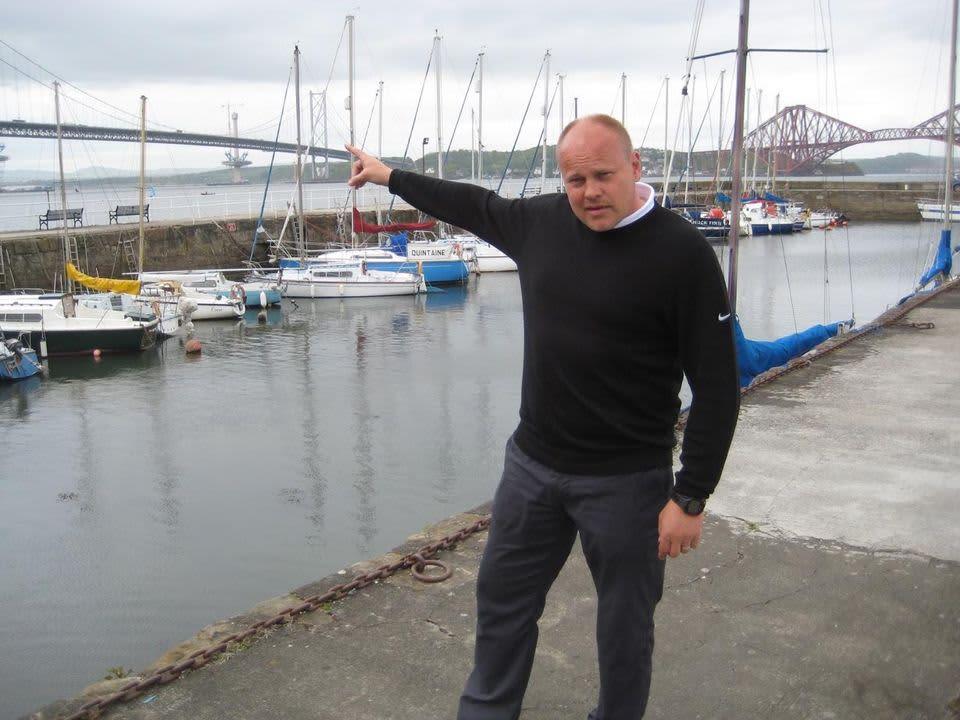 Mixu Paatelainen esittelee 51 vuotta vanhaa Forth Road Bridgeä.