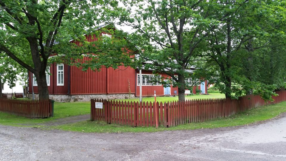 Meritalon museon pihapiiri