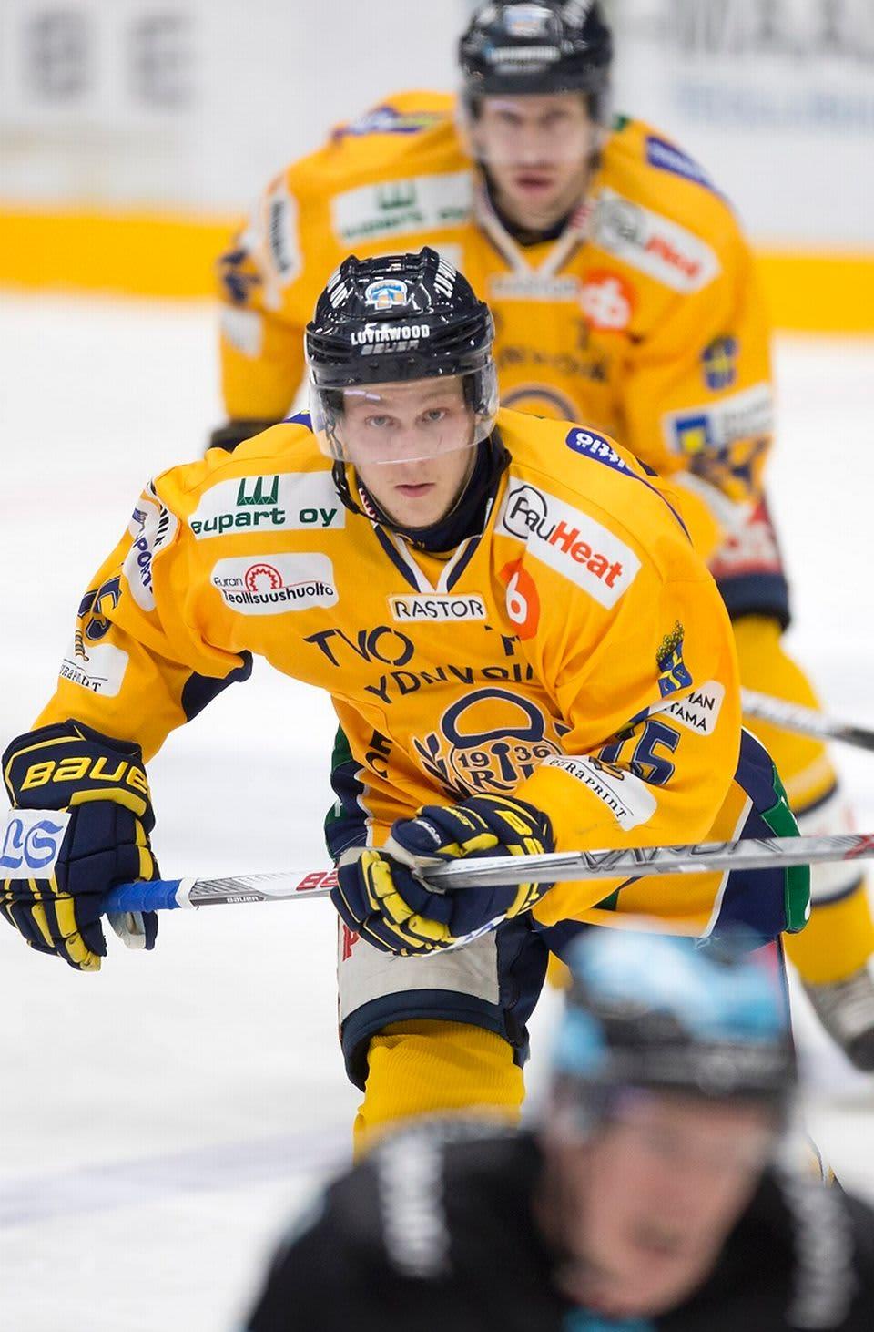 Toni Suuronen, Lukko
