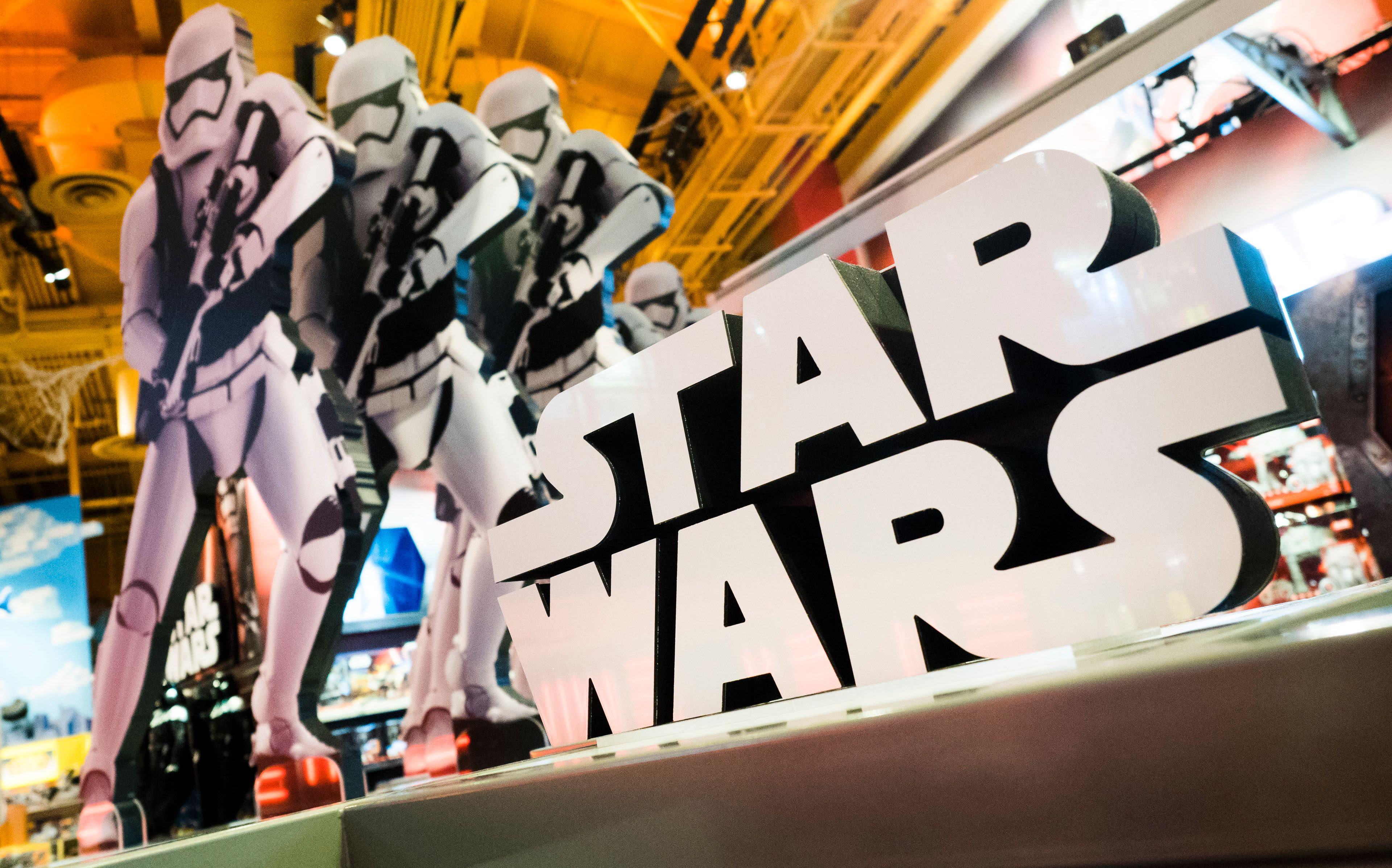 Star Warsin mainoskyltti.