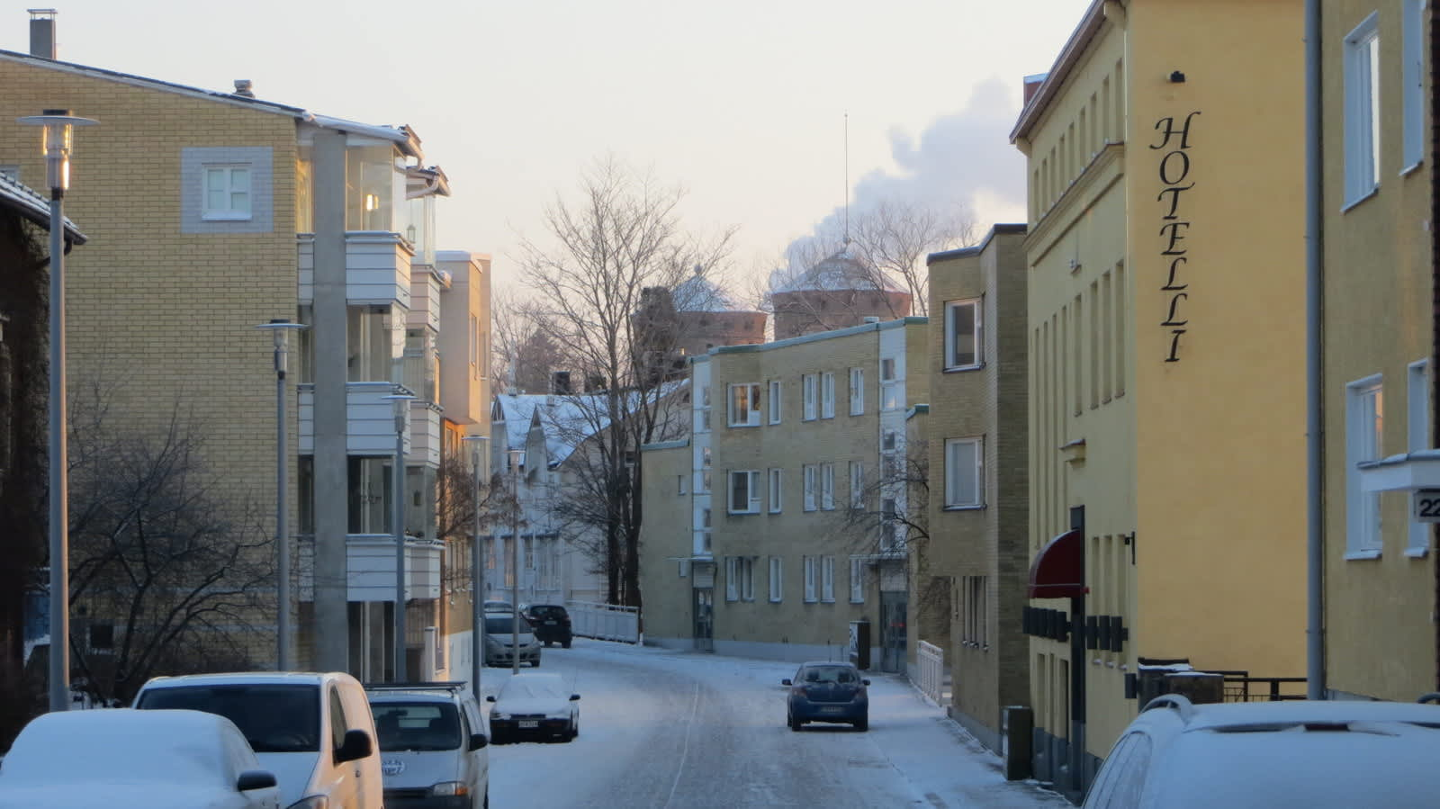 Savonlinnan Linnankatu pakkasen kourissa.