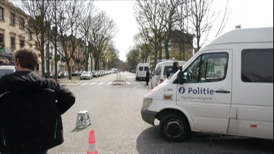 Poliisioperaatio Brysselin  Etterbeekissä.