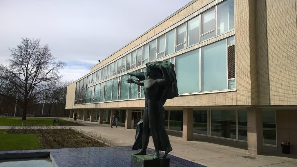 Turun yliopiston pääkirjasto.