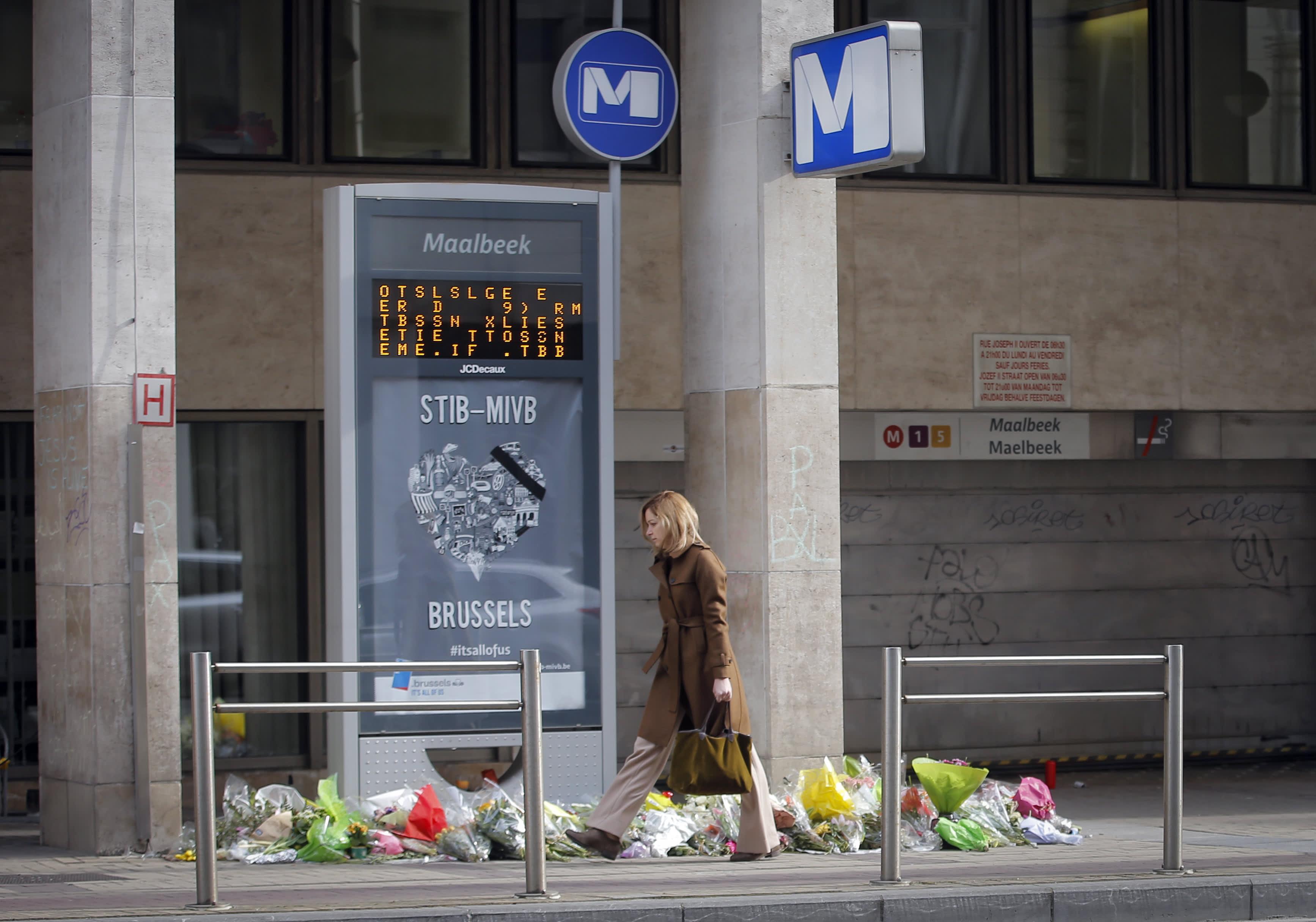 Maalbeekin metroasema maaliskuun 30. päivä.