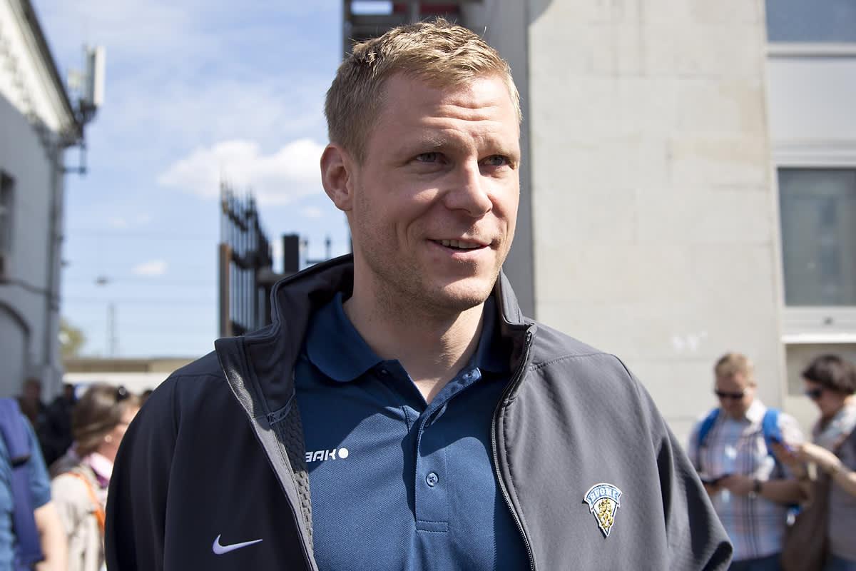 Mikko Koivu kuvassa
