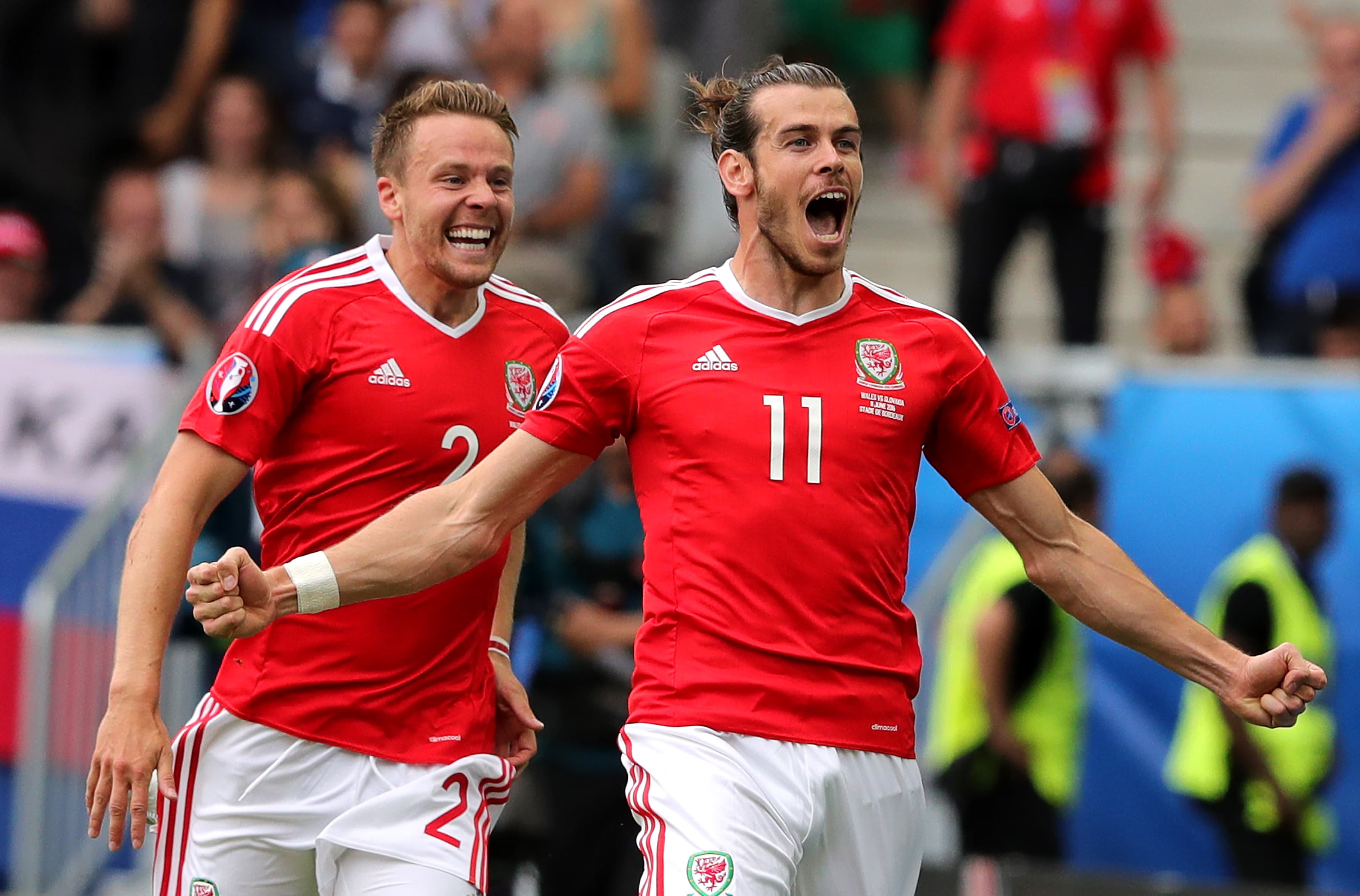 Gareth Bale juhlii osumaansa Slovakiaa avastaan