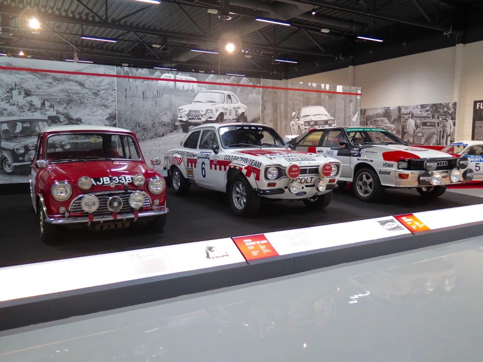 Ralliautoja rallimuseossa Kangasalla